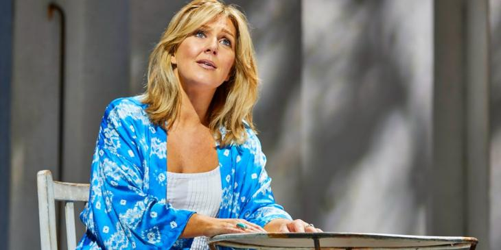 Photo credit: Mazz Murray as Donna in Mamma Mia (Photo by Brinkhoff/Mogenburg)