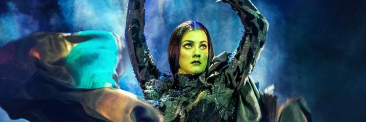 Photos of the new cast of Wicked